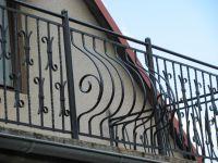 Kované balkony, Ploty